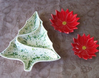 Vintage trio of ceramic holiday serving dishes.  C2-420-2