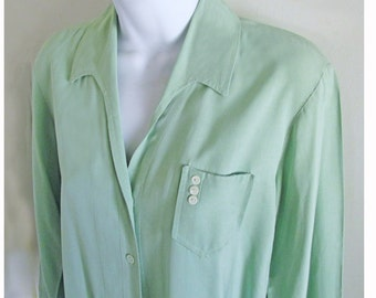 1940s-50s Mint Green Tailored Cotton Blouse with pearl buttons and breast pocket, made in California by Desert (blank).