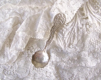 Vintage Sterling Salt Spoon Salt Scoop Decorative Handle Scallop Bowl 1940s