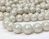 Rainbow Luster A Grade South Sea Shell - Mother of Pearl Round Beads 12 mm 16 Inches Light Gray Opal