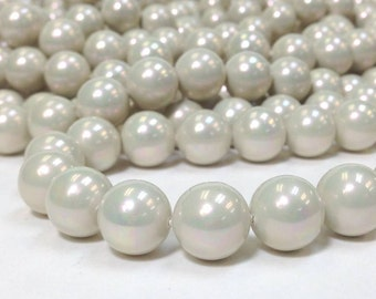 AA Grade Rainbow Luster South Sea Shell - Mother of Pearl - 12mm Smooth Round Beads 16 Inch strand - Light Gray Opal (G4920R28Q3)