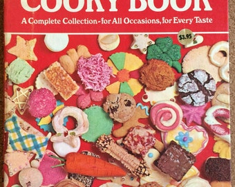 Betty Crocker's Cooky Book, A Complete Collection for All Occasions for Every Taste; Spiral Binding