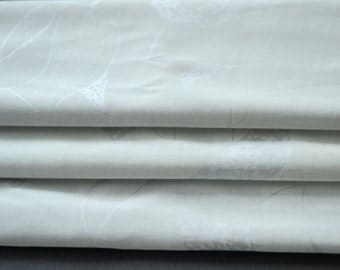 Vintage Fabric Silver Grey Tulip Print Stretch Polyester alomst 2 yards