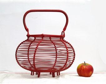 French vintage wire fruits basket, eggs basket, red kitchen decor