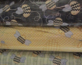 Sew Bee It Collection, Henry Glass & Co., Bumble Bees