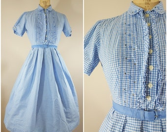 Vintage 1950s Dress / Blue and White Checks / Cotton Day Dress / 50s Dress / Small