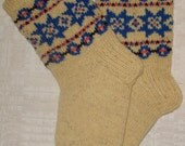 Hand knitted natural wool socks. Size: EU 36 - 37, US 4,5 - 5
