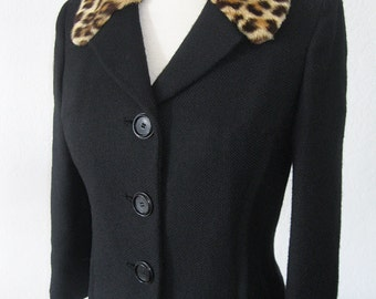 vtg Black Wool Jacket with Spotted Natural Fur Collar - small