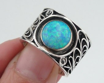 Hadar Jewelry Handcrafted Sterling Silver Gold Opal Ring size 8, Blue stone band, Opal 925 silver band,