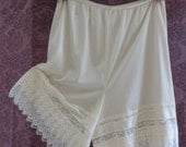 Lace BLOOMERS - Victorian IVORY Petti-Pants - Size - X-LARGE - 2XL