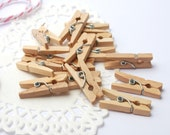 SALE! Mini wooden pegs 100 pack / mini clothespins / natural coloured / ideal for party or wedding favour bags