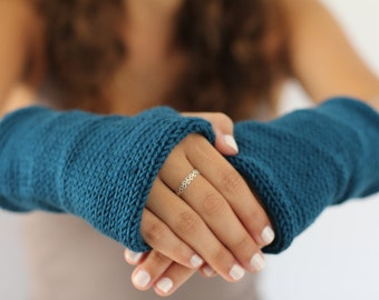 Knitted gloves mittens  Blue-Petrol Arm Warmers, Knitted Arm Warmers, Knits for Women