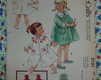 Vintage Pattern c.1956 McCall's No.2101 Toddler Bath Robe Size 2