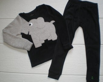 Elephant trunk sleeve 2pc microfleece thermal set, shirt and pants, pyjamas or longjohns, size boys 2T/3T or 5T, black fleece, toddler set
