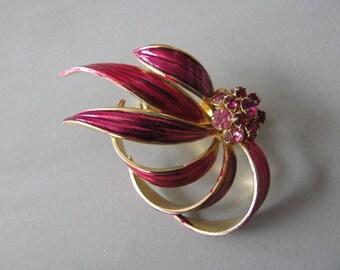 VINTAGE Weiss Flower Brooch Pink Enamel Rhinestones