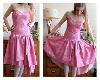 FREE US SHIPPING Vintage 1980s Pink Lace Asymmetrical Drop Waist Prom Party Dress - Size Small // Prom // Homecoming // Formal // Fun