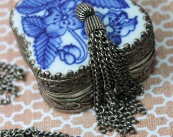 1 Vintage Long Silver Metal Tassel