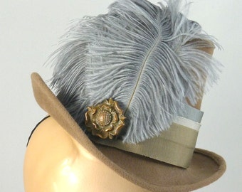 Elizabethan Renaissance Victorian Riding Hat in Velour Felt