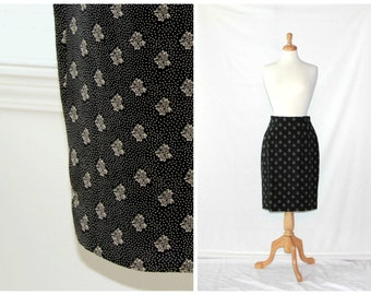 Silk print high waisted pencil skirt / black & off white dainty tiny flowers / retro Ann Taylor Studio designer fashion / ladies size 8