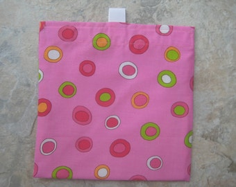 Circles on Pink - Reusable Sandwich Bag, Reusable Snack Bag with easy open tabs