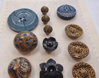Vintage/antique buttons - blue and gilt metal (Ref A15)