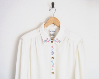 Vintage Floral Embroidered Blouse. White Button Down Shirt with Embroidered Floral Print. Decorative Pearl Button. Feminine Twee Blouse.