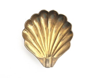 Vintage Footed Brass Seashell Trinket Dish or Ashtray