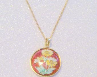 Vintage Gold Tone Red Floral Cloisonne Pendant Necklace