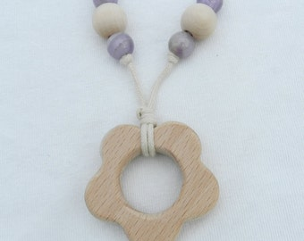 Wooden Teething Ring Flower Necklace with Amethyst