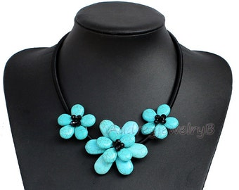 SALE- Turquoise flower Necklace, Navajo Turquoise Necklace, Turquoise Statement Necklace, Bohemian Necklace Bridesmaid Jewelry