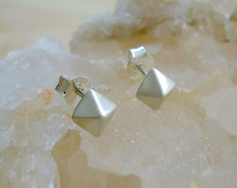 Sterling Silver Pyramid Faceted Stud Earrings