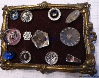 12 samples of collectionGLASS BUTTONS antique