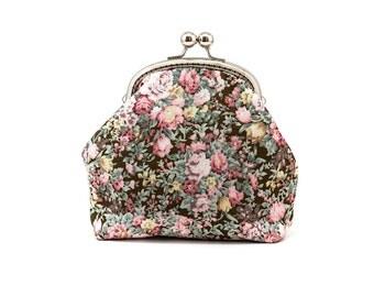 Make-up Bag - Kiss Lock Purse - Silver Frame - Cosmetic Bag - Floral Cotton Purse
