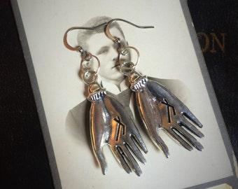 palmistry hand , Protection Amulet, talisman amulet