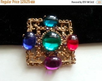 Now On Sale Vintage Rhinestone Brooch * Mid Century Collectible * Vintage 1950's 1960's Jewelry