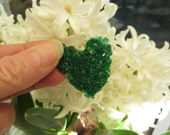 Green grass glass brooch Pate de Verre OOAK Statement heart brooch Green grass heart glass ornament Glass jewel brooch in green
