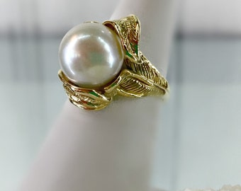 14K Yellow Gold Cultured Saltwater Pearl Ring, 11mm, White, Near-Round, 8.1 Grams, Size 7