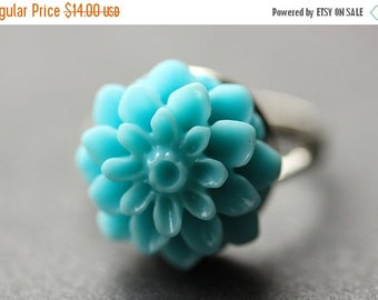 VALENTINE SALE Aqua Blue Mum Flower Ring. Aqua Blue Chrysanthemum Ring. Aqua Blue Flower Ring. Aqua Blue Ring. Adjustable Ring. Handmade Flo