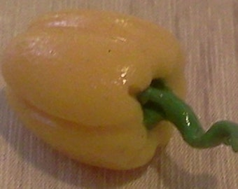 Dolls House Miniature Yellow Pepper