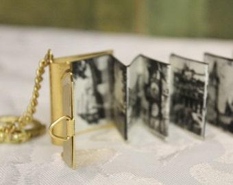 Miniature Souvenir Folding Book keychain - Praha Photo's