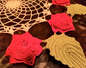 AMaZING 1940s vintage lace ReD RoSE DOILY doilie handmade 17inch
