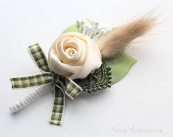 Ivory Green Boutonniere/ Country Wedding Lapel Pin/ Handmade Wedding Accessory