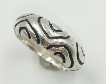 925 Sterling Silver Band Ring Stackable Carved Wavy Design Silver Band Ring Size 8