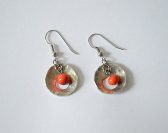 SALE Vintage Sterling Silver Dangle Earrings Hammered Disc Coral Bead Artisan