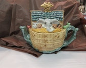 Noah 's Arc Tea Pot