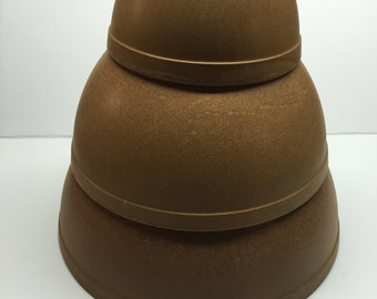 Vintage  Ellingers Nesting Bowls # 23 10 inch  22 8.50 inch  20 5.75 inch Agatized Wood