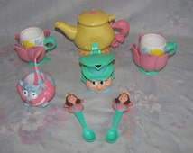 Vintage Tootsietoy Alice in Wonderland Tea Set - Plastic - Alice Cups, Cheshire Cat Sugar, Mad Matter Creamer, Queen Hearts Spoons