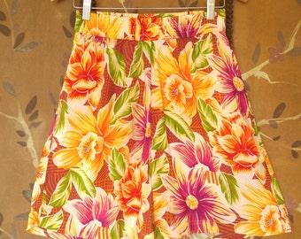 80s tropical flower print high waist shorts