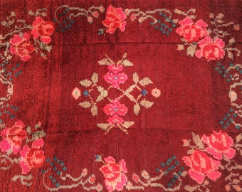 "Gorgeous ""Crimson and Roses"" Turkish Carpet 4'7"" x 6'3"""