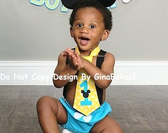 Mickey Mouse Birthday cake smash outfit costume ears suspenders baby blue chevron costume I am one diaper cover tie 12 18 24 toddler